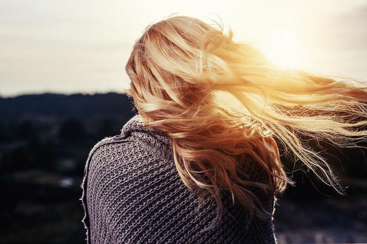 chute de cheveux saisonnière